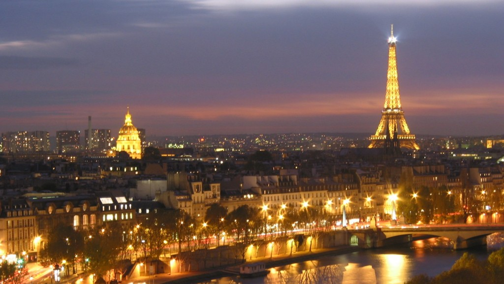 parisatnight